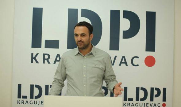 KOVAČEVIĆ oštro demantuje da je bilo ko napustio LDP - Šta je u tom slučaju Kragujevačka priča?