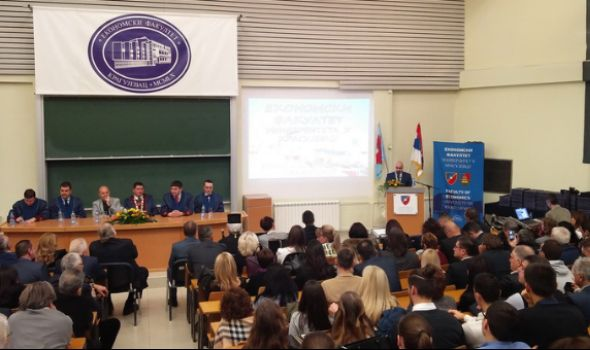 Ekonomski fakultet promovisao 231 diplomca