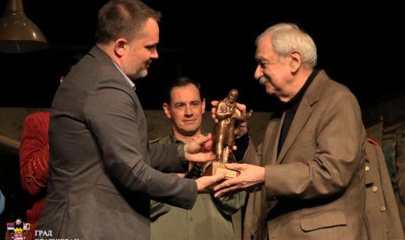 Dan Knjaževsko–srpskog teatra: Premijera i uručenje najviših priznanja ove pozorišne kuće (FOTO)