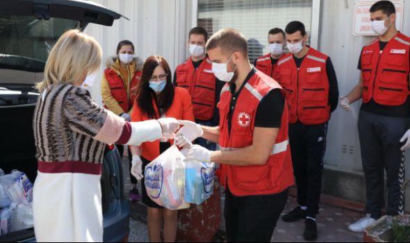 Trnava promet donirala robu vrednu 1,1 milion najugroženijim Kragujevčanima (FOTO)