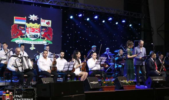 "Održan festival ""Dragiša Nedović 2018"": Poštovanje čuvenom Kragujevčaninu i slava šumadijske ""dvojke"""