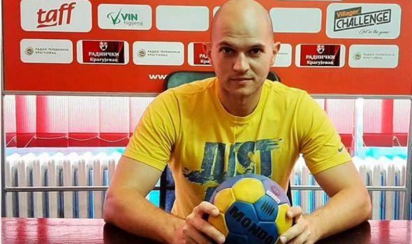Dušan Petrović u dvostrukoj ulozi u Radničkom
