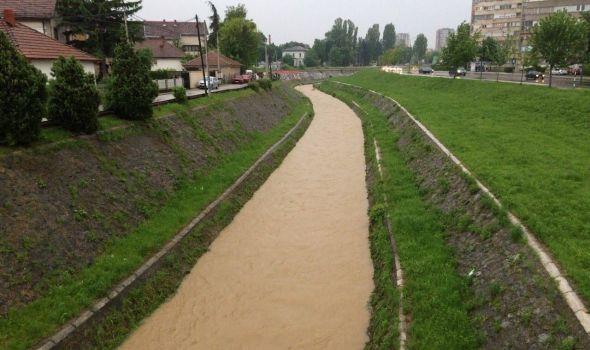 Reke mirne, građani da povedu računa o kišnoj kanalizaciji