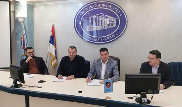 """Ekonomski fakultet uspostavio saradnju sa """"Vodovodom"""""""