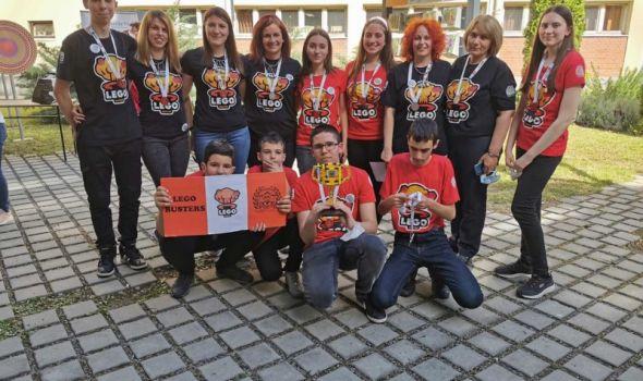 Učenici Prve kragujevačke gimnazije pobednici Lego takmičenja u robotici