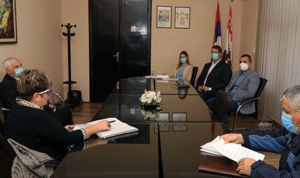 Šta Kragujevčani pitaju Dašića? Za mesec dana sa gradonačelnikom razgovaralo 90 građana