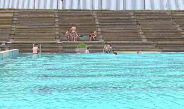 Slaba posećenost na gradskim bazenima obeležila početka kupališne sezone u Kragujevcu