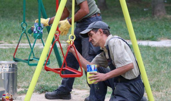 Nova lica starih igrališta za razonodu mališana, u planu obnova 200 lokacija (FOTO)