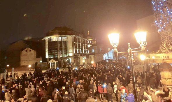 """SERGEJ TRIFUNOVIĆ doveo u pitanje kragujevački protest """"1 od 5 miliona"""", organizatore naziva """"Vučićevim ljudima"""""""