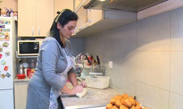 Kragujevčanka nakon trećeg porođaja otkrila da ima dar za đakonije od testa: Planira da napusti posao i započne sopstveni biznis