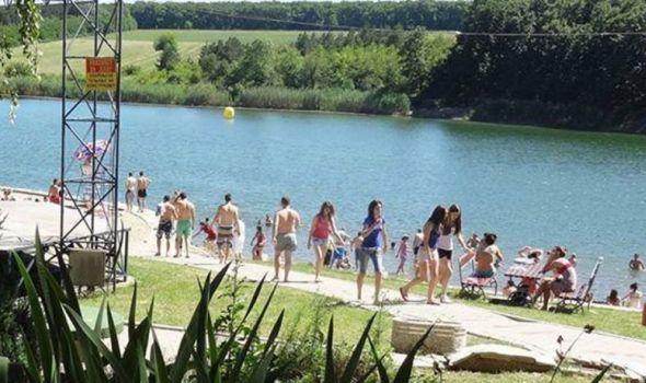 Voda na bazenima i Šumaričkom jezeru bezbedna za kupače