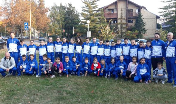 Karatistima Juniora 21 medalja u Čačku