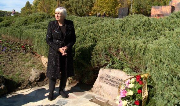 Izvinjenje potpredsednice Bundestaga na mestu nacističkog zločina u Srbiji (FOTO)
