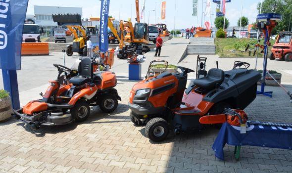 """Međunarodni sajam komunalne opreme """"Komdel expo"""" na Šumadija sajmu"""