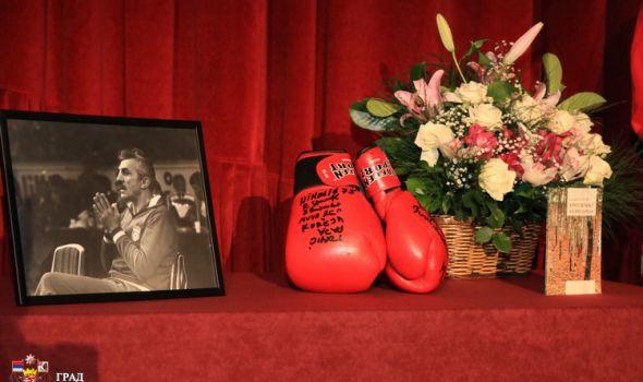Komemoracija povodom smrti Slavoljuba Slave Sorgića: Opraštamo se od legende jugoslovenskog boksa, simbola jednog vremena (FOTO)