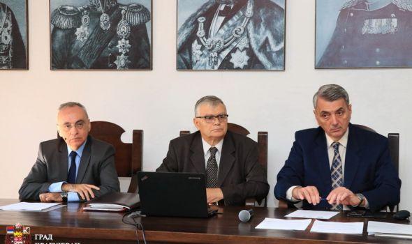 Kragujevac kolevka dualnog obrazovanja u Srbiji, u sistemu više od 7.000 učenika, potpisani ugovori sa novim firmama