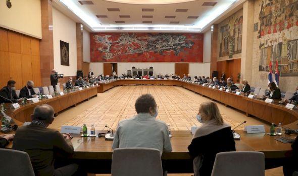 Zasedao Krizni štab: Ovo je odluka o protivepidemijskim merama