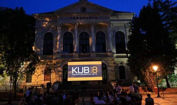 """Kragujevački ulični bioskop oduševio ljubitelje filma, slede """"MUNJE"""""""
