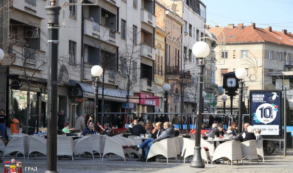 GV predložilo: Olakšice za plaćanje zauzeća letnje bašte na javnoj površini 99%