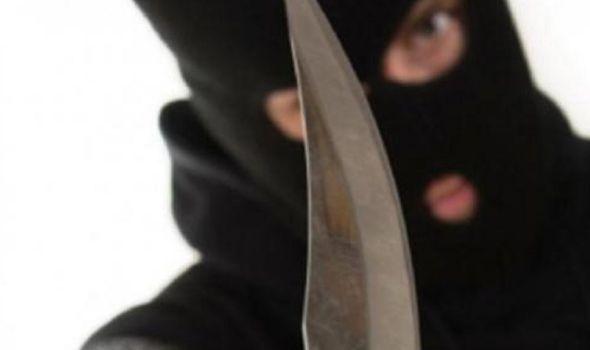 Maskiran i uz pretnju nožem otimao pazare iz apoteka i pekara