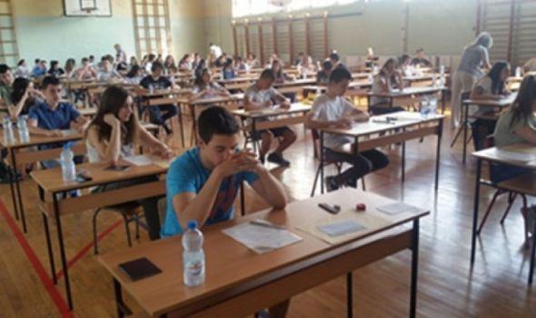 MALA MATURA: Osmaci danas polažu matematiku