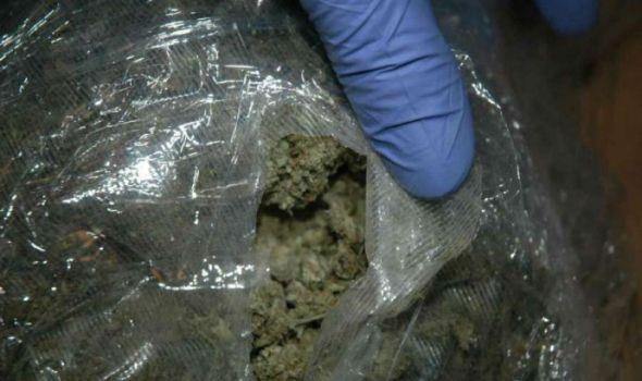 Hapšenje: U automobilu droga, u kući municija