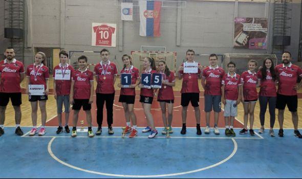 """Uspešno održan međuškolski turnir """"Kragujevac badminton 2019"""""""