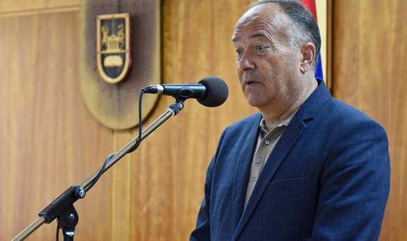 Šarčević Kriznom štabu predlaže modele nastave: Niži razredi izvesno u školi, ostali mogu da prate nastavu i od kuće
