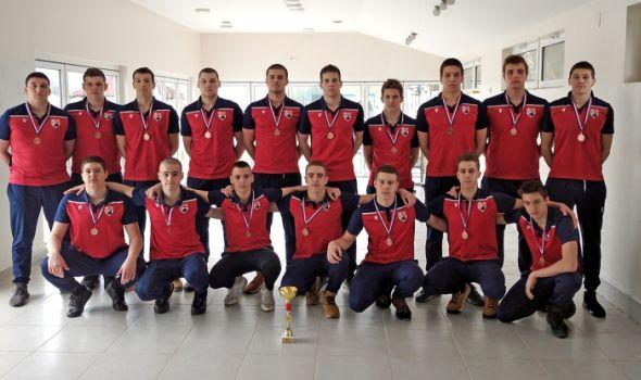 Mlađi juniori Radničkog osvojili bronzu u Kupu