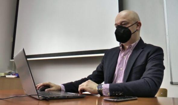 Profesor Nenad Stefanović sa PMF-a dobitnik najvišeg priznanja Microsoft-a