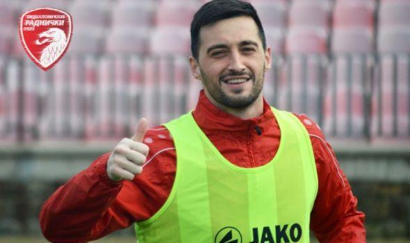 """Nikodijević produžio saradnju sa Radničkim: Predvodi napad """"crvenih"""" i u narednoj sezoni"""