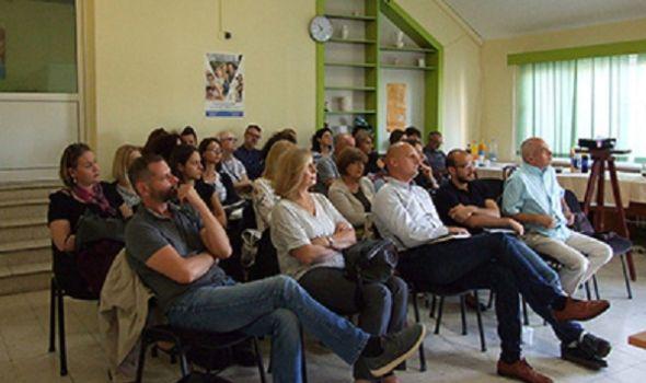 U Kragujevcu 17 mladih iz hraniteljskih porodica u projektu osnaživanja