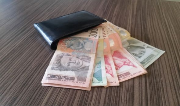 Kragujevac u maju kaskao za Beogradom za 15.600 dinara