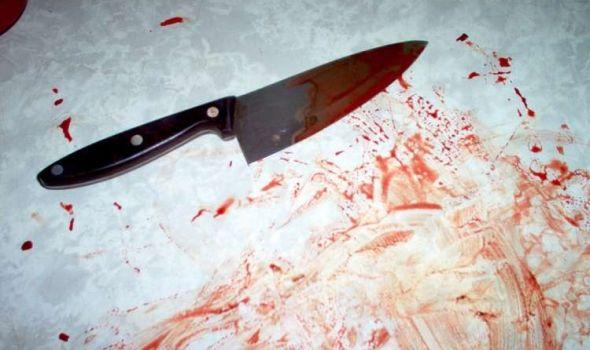 HAOS U KAFANI: Nožem pretio gostima, pa vlasnika UBO U STOMAK