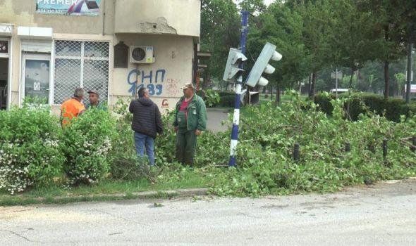 Nevreme uništilo semafor