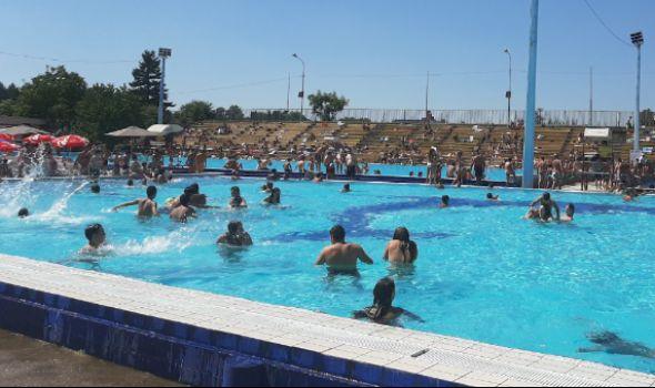 Otvorene bazene posetilo više od 40.000 Kragujevčana, kupališna sezona produžena do sredine septembra