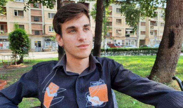 Život bez roditelja: Nije imao za školarinu, ali ne odustaje