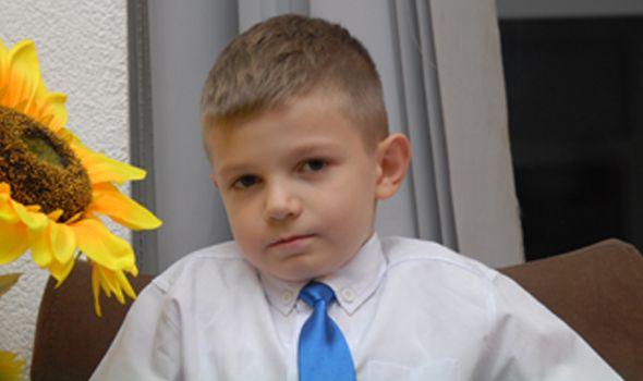 Mali Petar uspešno operisan, nastavlja borbu sa sarkomom