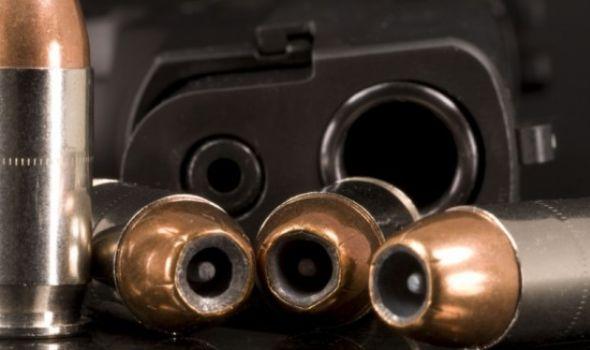 U Audiju pronađeno oružje, vozač završio u policiji