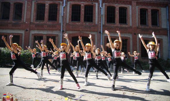 PLES U KNEŽEVOM ARSENALU: Mladi Kragujevčani jedini učesnici događaja WORK it OUT iz Jugoistočne Evrope (FOTO)