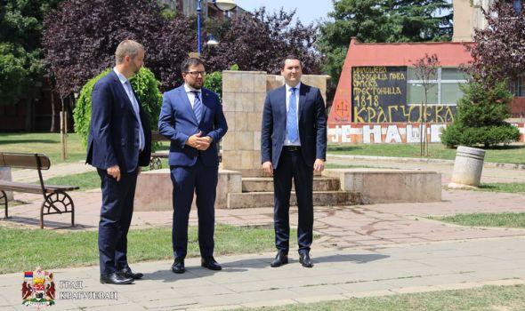 Poljska donacija za Aerodromce: Uređenje zelenih površina - Nove sadnice, staze, klupe