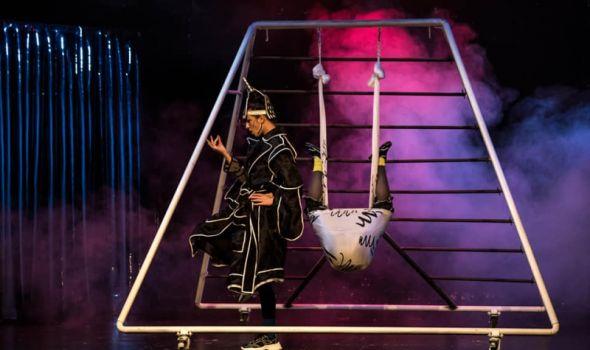 """Predstava """"Želim da budem normalan"""" u Pozorištu za decu"""