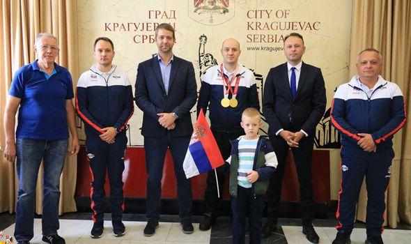 Zlatni Dragan Ristić: Drago mi je što sam uspeo da krunišem svoj rad