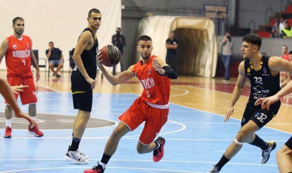Radnički i Partizan priredili kragujevačkoj publici nezaboravno košarkaško veče