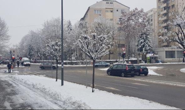Zimska služba: Prioritetne saobraćajnice prohodne, spremni smo za nove padavine