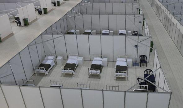 """Iz Kragujevca krenulo """"prebacivanje"""" pacijenata na beogradski Sajam"""