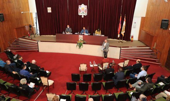 """Na sednici SG po hitnom postupku SMENJEN DIREKTOR URBANIZMA; Opozicija - """"Recite pravi razlog"""""""