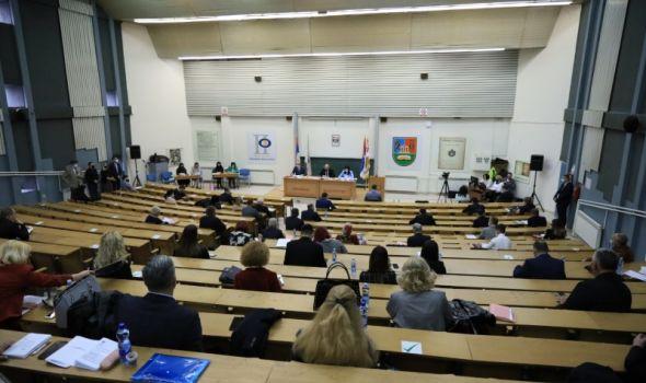 SG: Finansijska podrška domaćinistvima u procesu energetske tranzicije, Đurđevdanske nagrade...