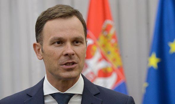 Ministar najavio: Evo kada kreće isplata 30 evra državne pomoći