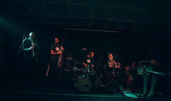 Live looping and electro sound: Kezz u SKC-u